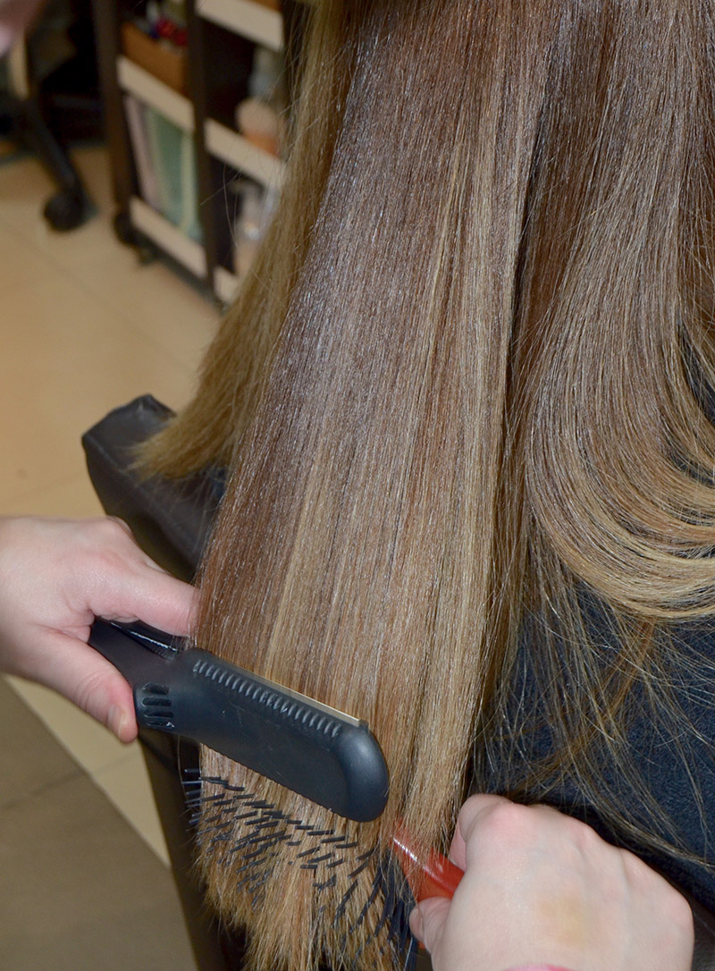 alisar planchar cabello keratina